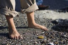 Bloße Füße Kiesel Lizenzfreie Stockbilder