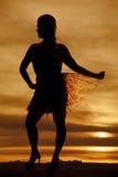 Bloßer Rock des Schattenbildfrauen-Griffs heraus Lizenzfreie Stockfotografie