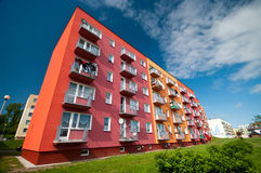 Bloc d'appartements image stock