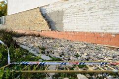 Bloc effondré de mur Images libres de droits