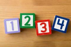 Bloc en bois de jouet Photographie stock libre de droits