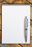 Bloc-notes avec le stylo Image libre de droits