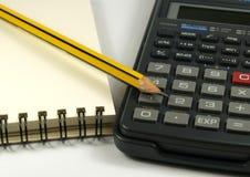 Bloc-notes et calculatrice de crayon Images libres de droits