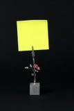 Bloc - notes jaune Images libres de droits