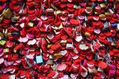 Blocages de l'amour photographie stock