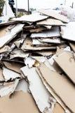 Blocaille. plaque de plâtre dans le récipient photo libre de droits