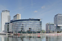 Blocchetti di ufficio moderni, Quays di Salford Fotografia Stock Libera da Diritti