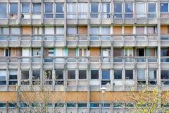 Blocchetto dell'alloggio della casa popolare a Londra orientale Immagini Stock