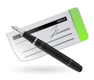 Blocchetto dell'assegno della Banca con la penna Fotografia Stock Libera da Diritti