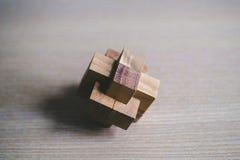Blocchetto di legno di puzzle del giocattolo Immagine Stock