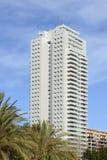 Blocchetto di torre alto degli appartamenti a Valencia, Spagna Immagini Stock