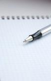Blocchetto per appunti e penna Immagine Stock Libera da Diritti