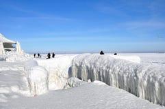 Blocchi di ghiaccio su un pilastro Immagine Stock Libera da Diritti