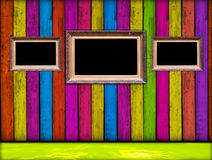 Blocchi per grafici dell'annata nella stanza di legno Fotografie Stock Libere da Diritti