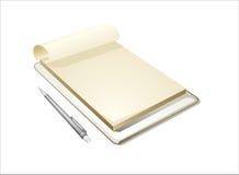 Blocco note bianco con la penna su fondo bianco Fotografia Stock Libera da Diritti