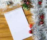 Blocco note bianco Nuovo anno felice Immagini Stock