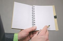 Blocco note della pagina in bianco per fare il modello della lista Scopi o trucchi di affari L'affare fornisce di punta il concet immagini stock libere da diritti