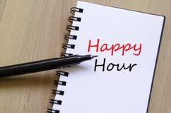 Blocco note di concetto di happy hour Immagini Stock Libere da Diritti