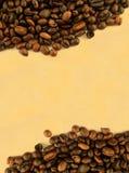 Blocco per grafici del caffè contro documento ingiallito immagine stock libera da diritti