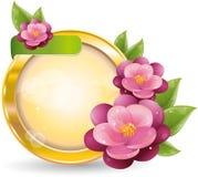 Blocco per grafici del cerchio dell'oro con i fiori viola Fotografie Stock