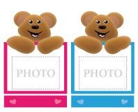 Blocco per grafici della holding dell'orso dell'orsacchiotto Fotografia Stock Libera da Diritti
