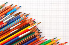 Blocco per grafici variopinto delle matite fotografia stock