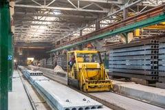 Block, der Abteilung an der Baufabrik macht Stockfotografie