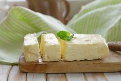 Block der frischen organischen Butter Stockfotos