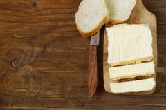 Block der frischen organischen Butter Lizenzfreie Stockbilder