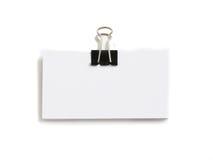 Block der weißen Karten angebracht mit Papierklammer lizenzfreies stockbild