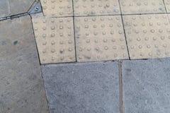 Block gepflasterte Pflasterung, Hintergrund der städtischen Landschaft Lizenzfreie Stockbilder
