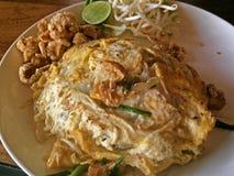 Block som är thailändskt med ägget Arkivfoton