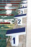 block som startar simning Arkivfoto