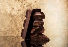 Block- und Stückschokolade Lizenzfreie Stockfotografie