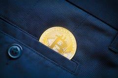 Blockchain cripto di simbolo della moneta di oro di logo di Bitcoin Immagine Stock