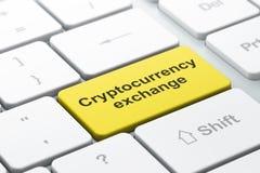 Blockchain-Konzept: Cryptocurrency-Austausch auf Computertastaturhintergrund Lizenzfreie Stockbilder
