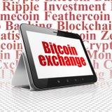 Blockchain-Konzept: Tablet-Computer mit Bitcoin-Austausch auf Anzeige Lizenzfreies Stockbild
