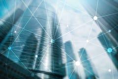 Blockchain nätverk på suddig skyskrapabakgrund Finansiellt teknologi- och kommunikationsbegrepp Arkivfoto