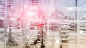 Blockchain sieć na zamazanym drapacza chmur tle Pieniężny technologii i komunikaci pojęcie zdjęcie stock