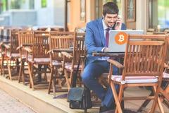 Blockchain-Technologie Schlechte Nachrichten mit bitcoin cryptocurrency Stockfotografie