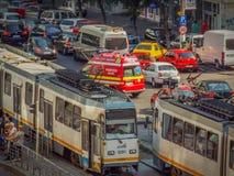 Blockering för Bucharest morgontrafik royaltyfria bilder