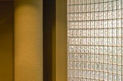 blockglasvägg Arkivbild