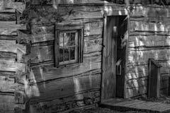 Blockhaus auf südwestlichen Bergen von Virginia Stockfotografie