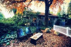 Blockhaushaus Kalifornien für Ihr Urlaubsort Stockbilder