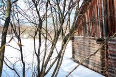 Blockhauswand-Landschaftswinter Stockbilder