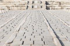 blockieren Sie Boden-/Steinwegweise in Changdeok Palast oder Changdeokgun Stockbild
