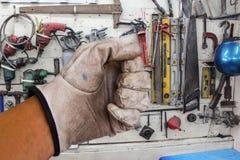 Blockierungszangen im Handwerkzeughintergrund. Lizenzfreies Stockfoto