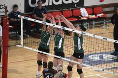 Blocking KP Brno - Volleyball Royalty Free Stock Images