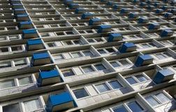 Bloco de apartamentos elevado da ascensão foto de stock royalty free