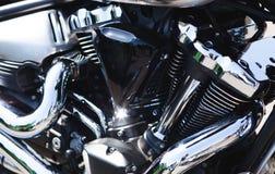 Bloco de motor brilhante da motocicleta do cromo do poder Fotografia de Stock Royalty Free